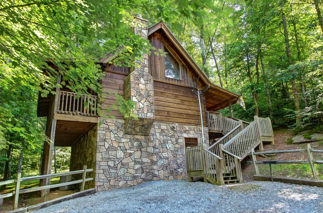 EXTERIOR at DREAMCATCHER in Sevier County TN