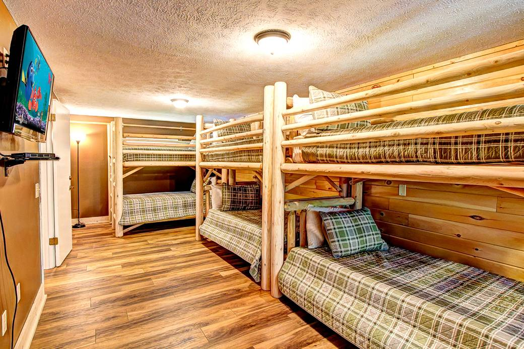 BEDROOM 5 (3 SETS OF TWIN BUNK BEDS/UPSTAIRS) At ALL AMERICAN
