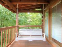 SWING at SNUGGLED IN in Sevier County TN