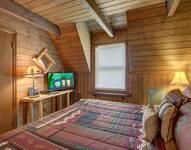 BEDROOM 1 (MAIN LEVEL) at HEAVEN SCENT in Gatlinburg TN