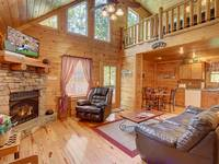LIVING AREA at SIMPLE COMFORTS in Sevier County TN