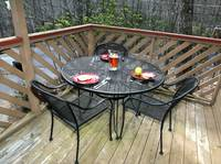 OUTDOOR DINING at XHEART'S DESIRE in Sevier County TN