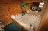 JACUZZI (MAIN LEVEL BEDROOM) at MULBERRY PLACE in Sevier County TN
