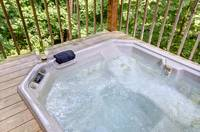 HOT TUB at LECONTE VIEW in Sevier County TN