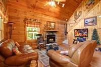 LIVING AREA at COUNTRY CHARM in Sevier County TN