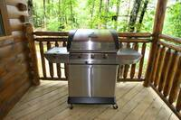 GAS GRILL at WHISPERING WINDS in Sevier County TN