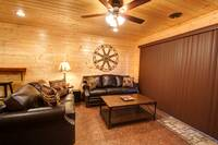 SITTING AREA IN GAMEROOM at MOUNTAIN MAJESTY in Sevier County TN