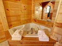 JACUZZI at ASLEEP BY THE CREEK in Sevier County TN