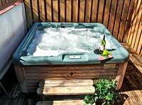 HOT TUB at XHEART'S DESIRE in Sevier County TN