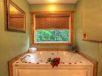 JACUZZI (BATHROOM 1) at IT'S A WONDERFUL LIFE in Sevier County TN