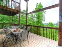 OUTDOOR DINING at IT'S A WONDERFUL LIFE in Sevier County TN