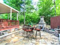 OUTDOOR DINING at MOUNTAIN HOPE in Pigeon Forge TN