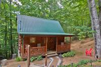EXTERIOR at BEAR TOP HIDEAWAY in Pigeon Forge TN