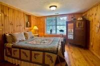 BEDROOM 1 at HEMLOCK HIDEAWAY in Sevier County TN