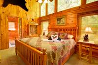 MASTER SUITE 2 at TRANQUIL MOMENTS in Sevier County TN