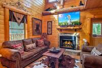 LIVING AREA at ABOVE THE REST in Sevier County TN