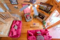 LIVING AREA at TOP NOTCH in Sevier County TN