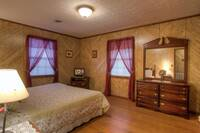 BEDROOM 1 at XBIRD'S NEST in Gatlinburg TN