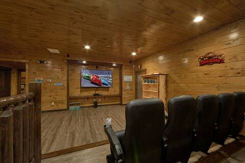 THE KING OF THE MOUNTAIN-BRAND NEW 2017 18 Bedroom Cabin Rental