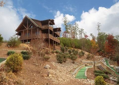 GOLF ON THUNDER MOUNTAIN 4 Bedroom Cabin Rental