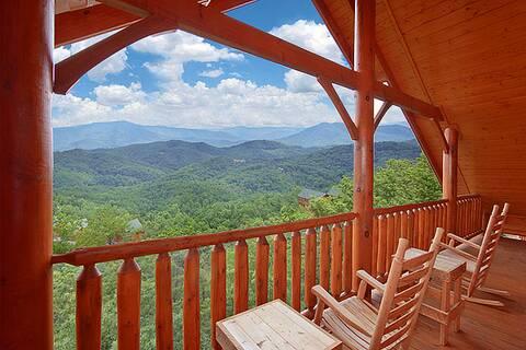HEAVENLY HEIGHTS RETREAT 8 Bedroom Cabin Rental