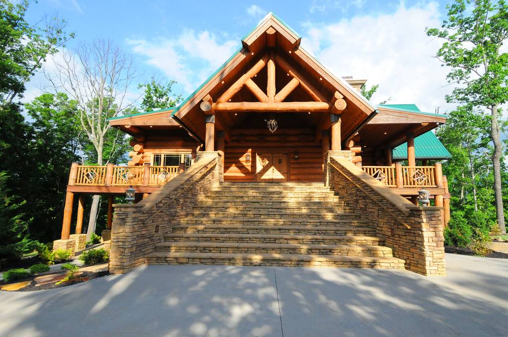 Dollywood cabins rentals 3 reasons to rent our pigeon for Gatlinburg dollywood cabins