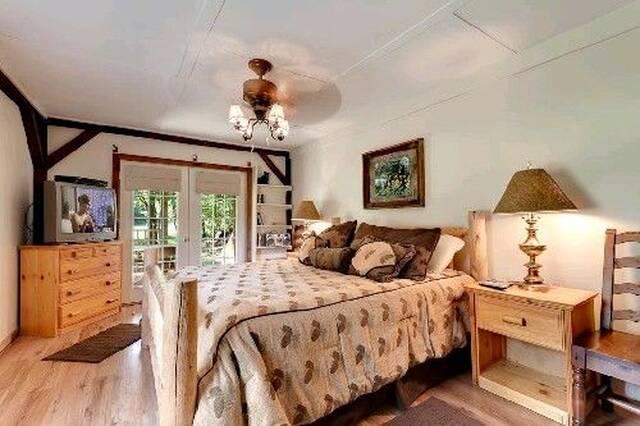 Willow Brook Bedroom 2