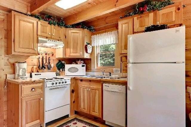 Apple Jack Kitchen
