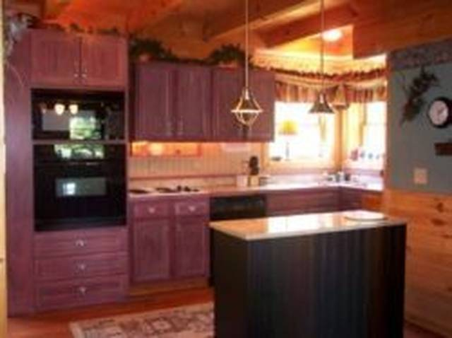 Pigeon Forge Honeymoon_Above the Rest_Full Kitchen