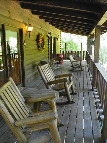 Cabins in the Smokies_Always and Forever_Rockers on the Deck