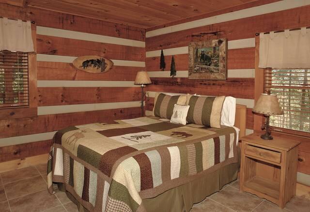 Bear Necessities bedroom