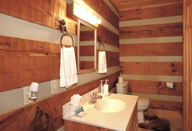 Bear Necessities batheoom with shower