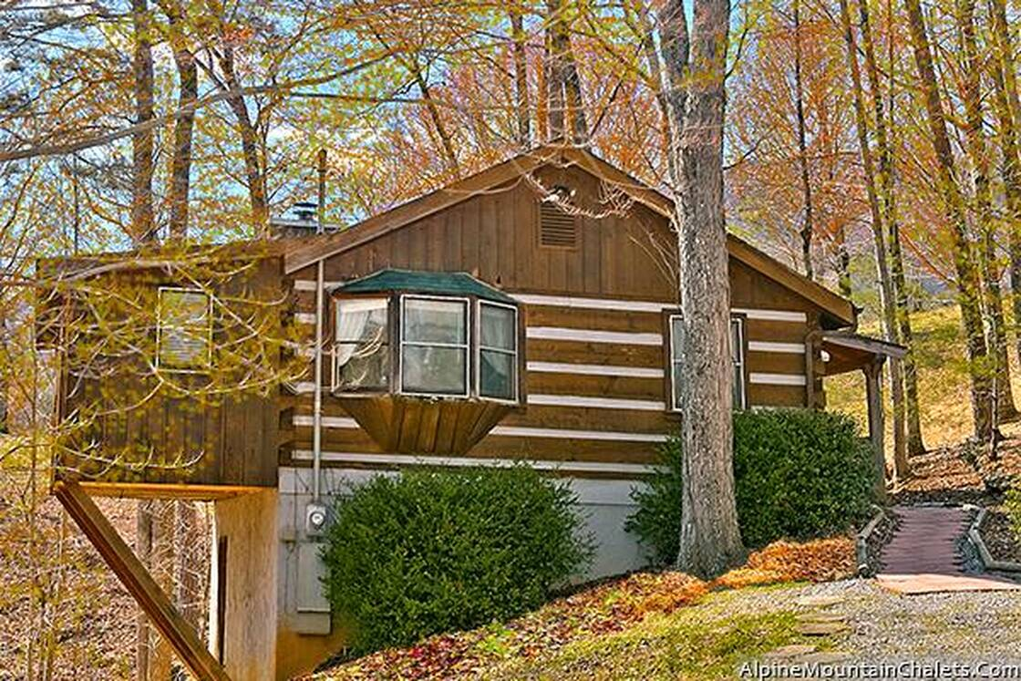 One Bedroom Cabins In Pigeon Forge Tennessee Smoky Mountains