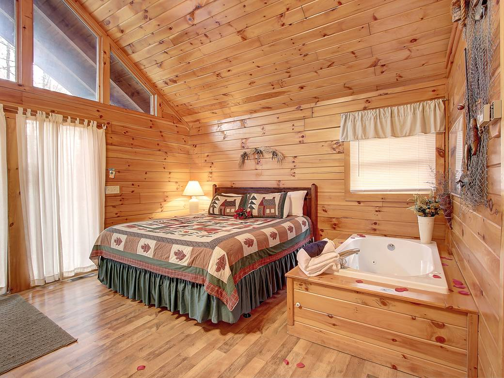 7 Bedroom Cabins In Gatlinburg Tn Kozy Korner 1 Bedroom Cabin In Gatlinburg Tn
