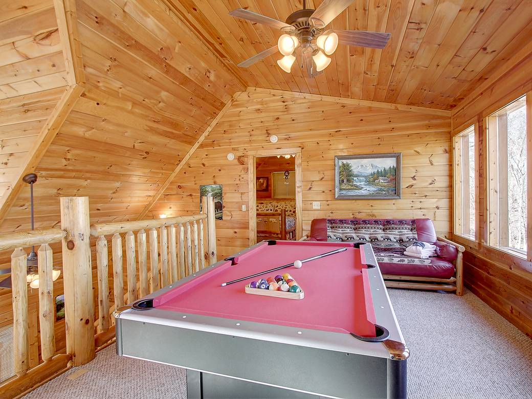 bear cub hideaway 2 bedroom cabin rental in sevierville 10772 | 10480