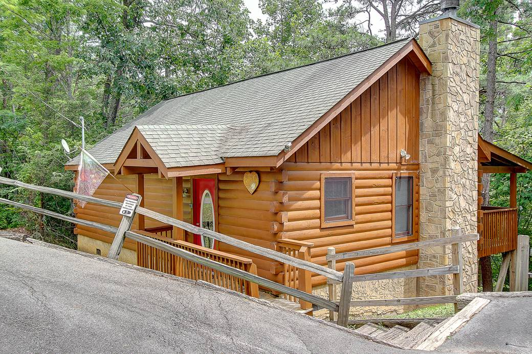 Buttercup 1 bedroom cabin rental in for Romantic big bear cabins