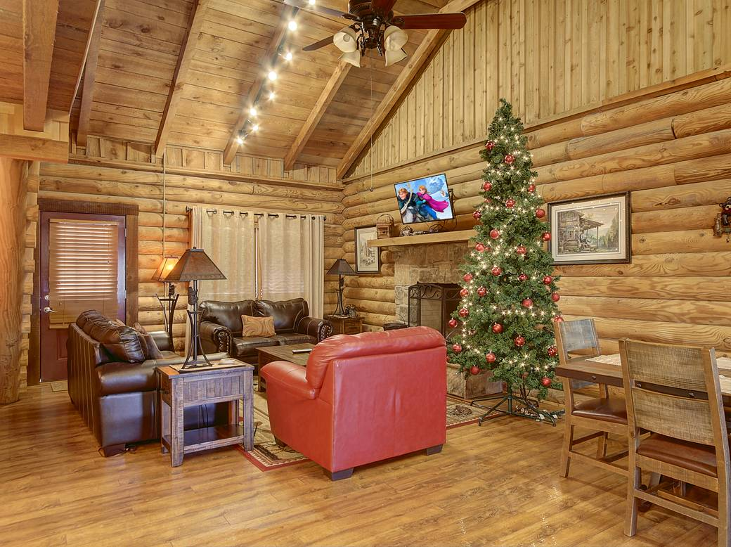 13 People are viewing this cabin now. Two Bedroom Gatlinburg Cabin Rentals in Tennessee