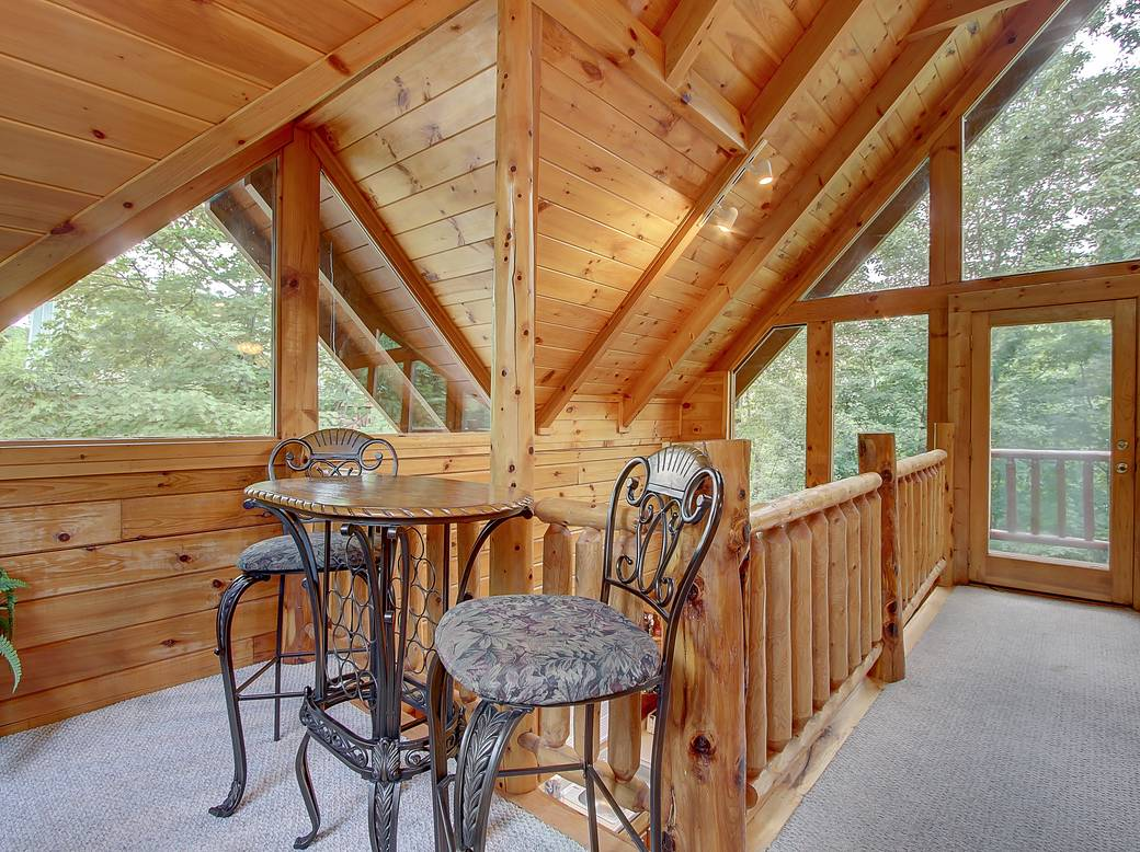 7 Bedroom Cabins In Gatlinburg Tn Cloud Nine 1 Bedroom Cabin Rental In Sevierville Tn