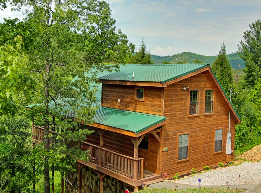 sale tn sevierville cabin kozy for nashville creek log tennessee rentals cabins middle upper near in