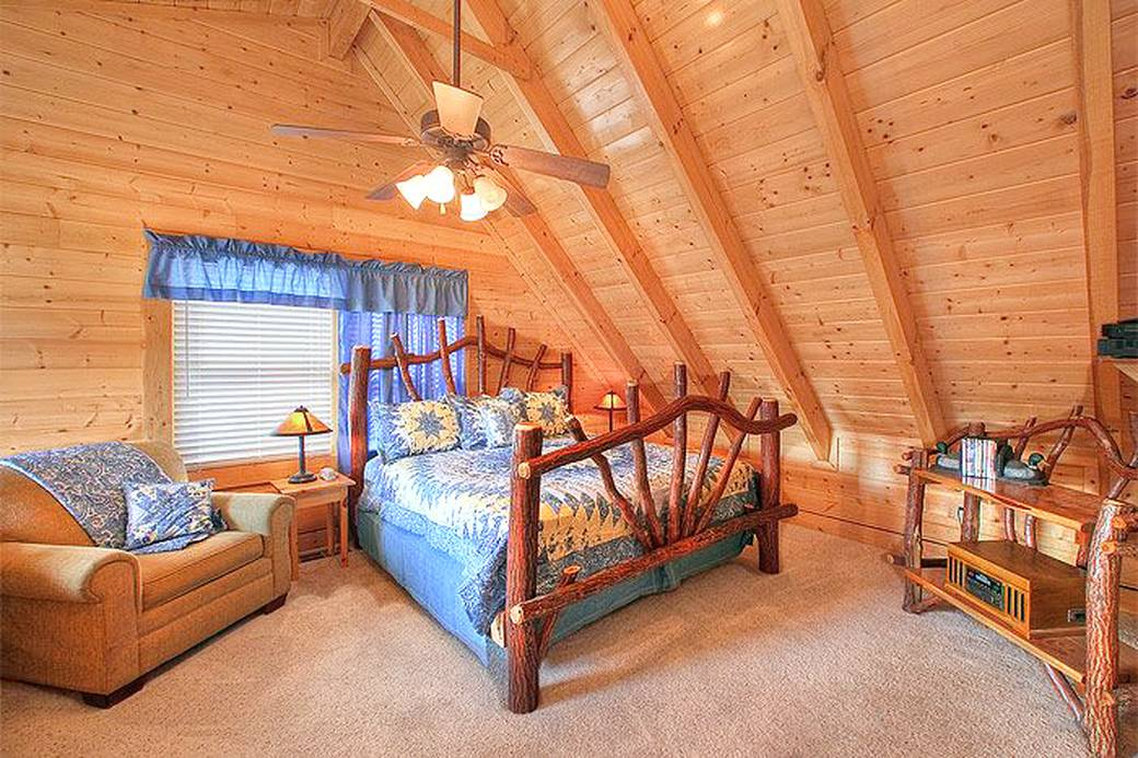 Hollywood in the hills 6 bedroom cabin rental in pigeon forge for 6 bedroom cabins