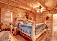 QUEEN BED at GOT MOOSE in Sevier County TN