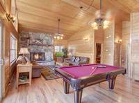 UPSTAIRS LVING AREA / POOL TABLE at SMOKEY MTN PARADISE in Gatlinburg TN
