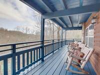 DECK MAIN LEVEL at SMOKEY MTN PARADISE in Gatlinburg TN