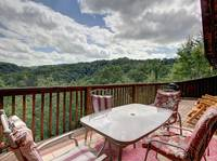 OUTDOOR DINING / VIEW