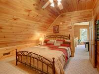 BEDROOM 2 (UPSTAIRS) at SIMPLE COMFORTS in Sevier County TN