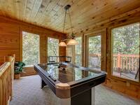 LOFT at SIMPLE COMFORTS in Sevier County TN