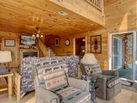 LIVING AREA at SUITE ALTITUDE in Sevier County TN