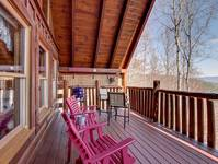 DECK at HONEY BEAR HIDEAWAY in Sevier County TN