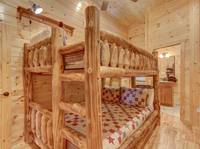 BUNK BEDS at MOUNTAIN LOOKOUT in Gatlinburg TN