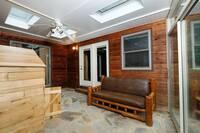 PIONEER TRAIL RETREAT-MAIN HOUSE